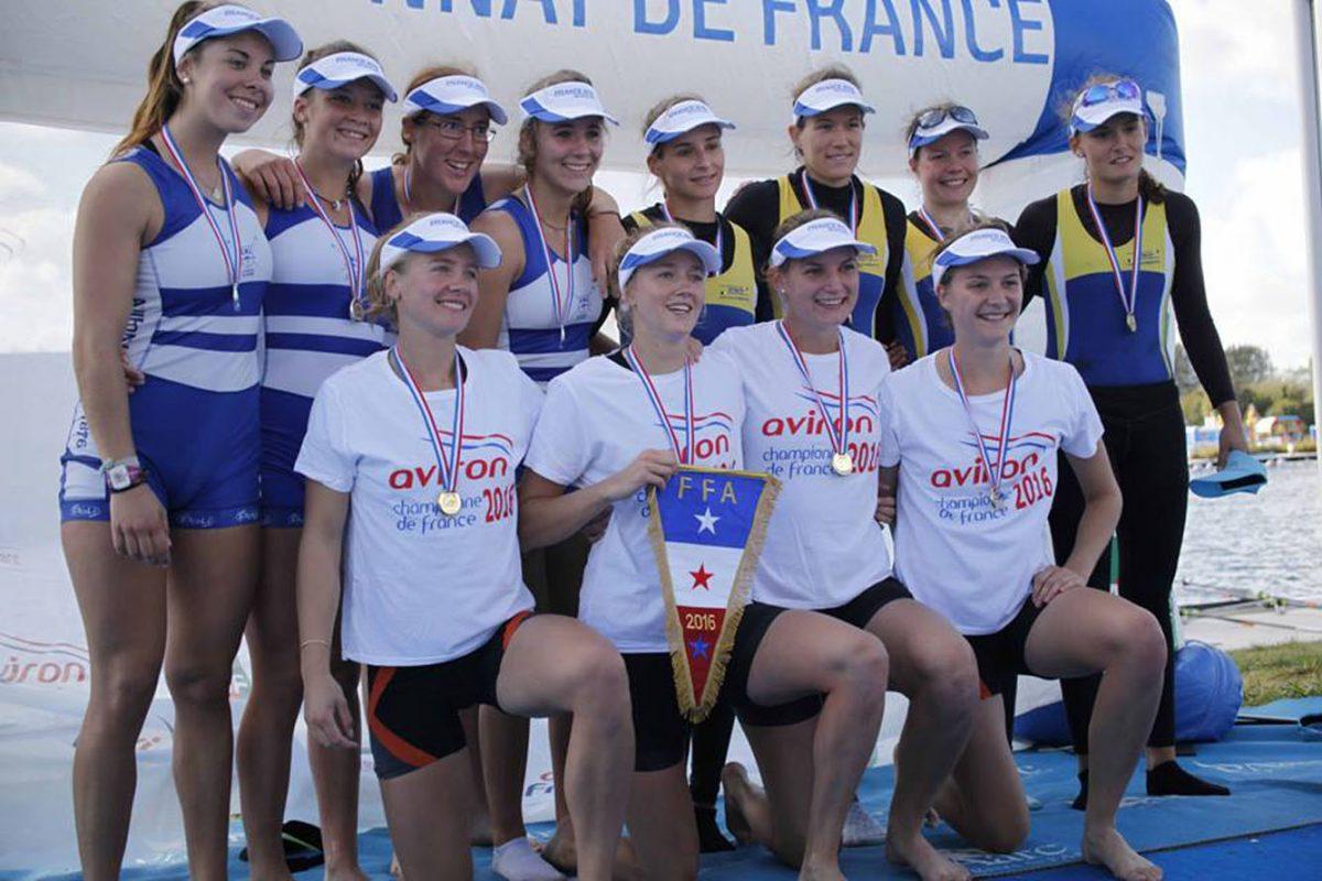 Céline et ses coéquipières championnes de France